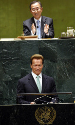 Moon_and_schwarzenegger